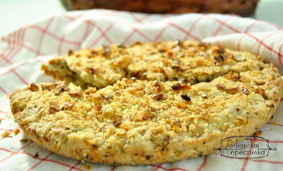 хляб с орехи и синьо сирене